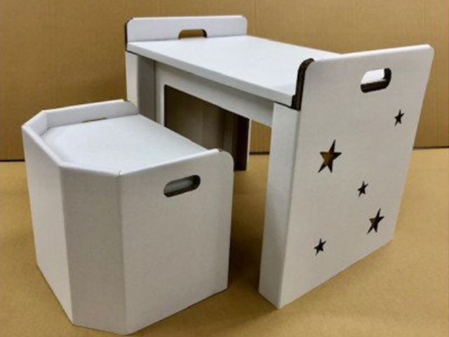子供用ダンボール机・椅子